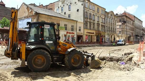 В 2019 году на ремонт местных дорог правительство выделит 14,7 миллиарда гривен