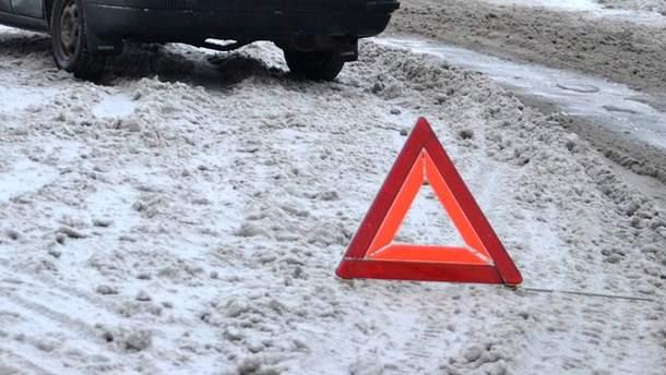 В Киеве произошло серьезное ДТП с иномаркой