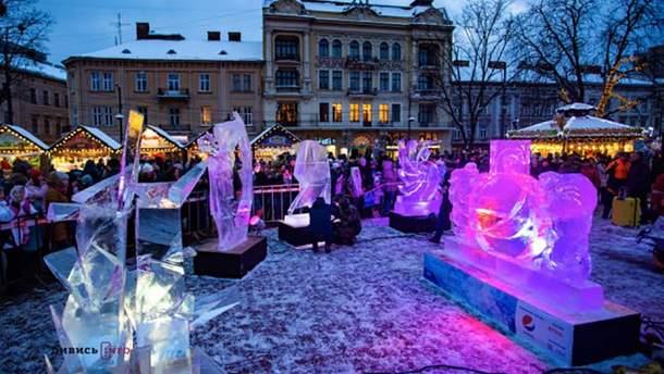 Крижані скульптури у Львові
