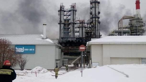 Пожежа на нафтопереробному заводі в Уфі