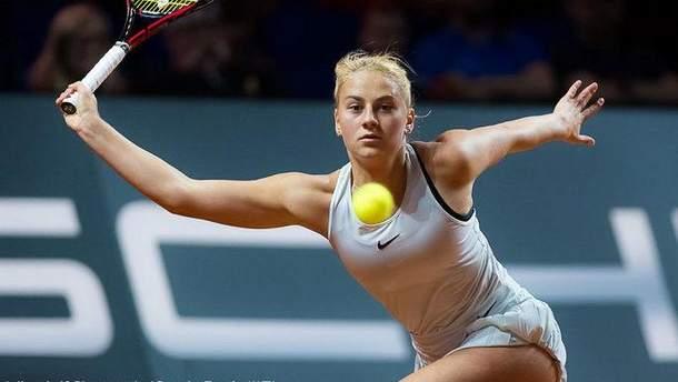 Відома українська тенісистка закрутила роман з російським військовослужбовцем: фото