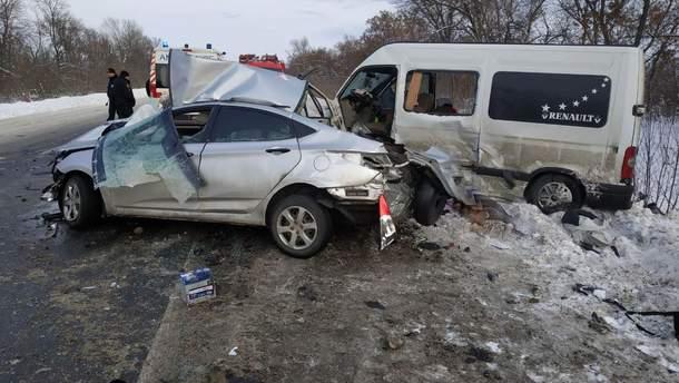 У ДТП на Харківщині загинуло четверо та постраждало одинадцять осіб