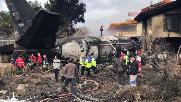 В Ірані розбився вантажний літак