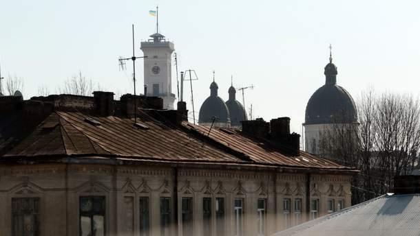 У Львові заборонили клаптикове утеплення будинків в центральній частині міста