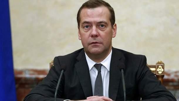 53% росіян підтримує відставку уряду Медведєва у РФ