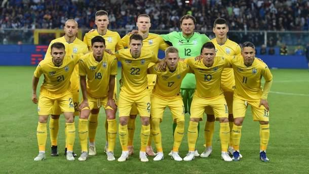 Футболісти збірної України з футболу чуттєво виконали щедрівку: відео