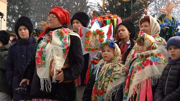 Маланку на Буковине отпраздновали карнавалом