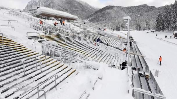 Непогода на стадионе в Рупольдинге