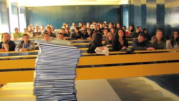 Вартість навчання в українських ВНЗ щороку збільшується на 10%