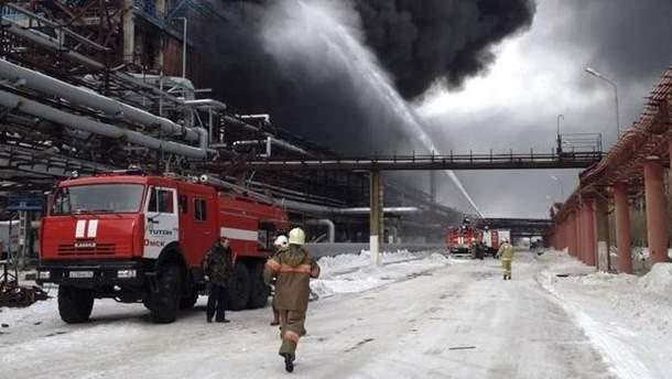 У Леніградській області Росії на заводі стався вибух: чотири особи госпіталізовано