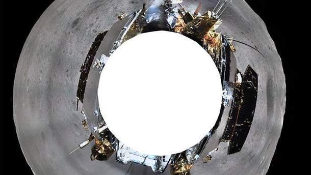 Китайське космічне агенство опублікувало знімок місячного ландшафту, космічного апарату та всюдиходу