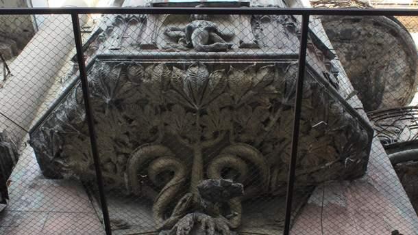В Киеве отреставрируют Дом со змеями