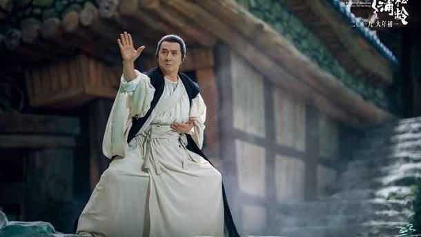 """Нові пригоди Джекі Чана: з'явився новий трейлер до комедії """"Лицар тіней: Між Інь і Ян"""""""