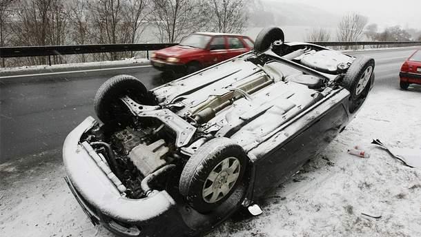 Аварии в Украине из-за непогоды (иллюстрационное фото)