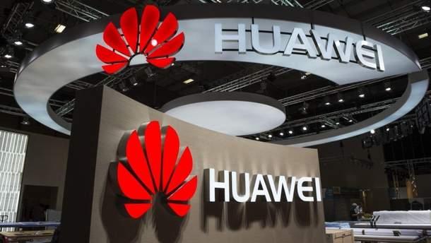 Huawei обвиняют в шпионаже
