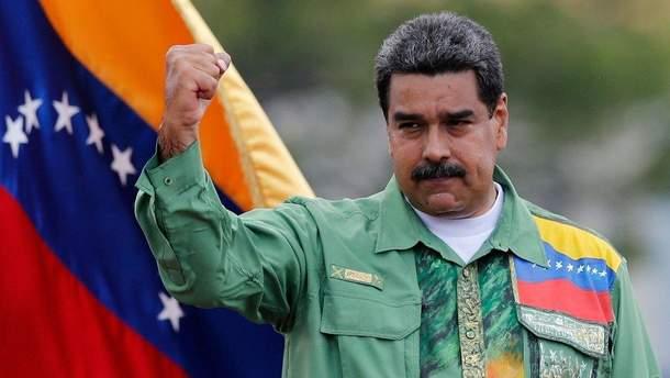 Ніколасу Мадуро завозить зброю Росія, тож він готовий до виборів