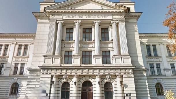 Суд остановил процесс реорганизации Одесского национального медицинского университета