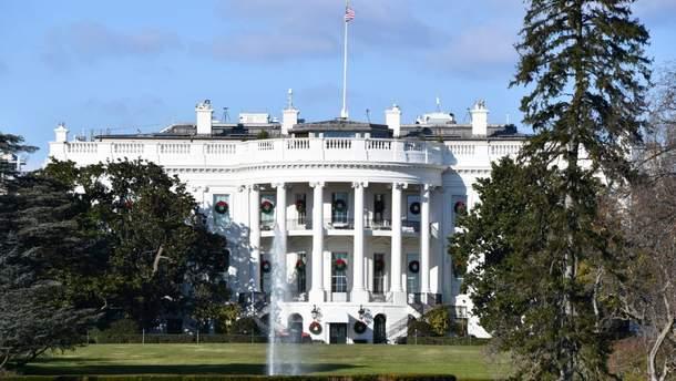 В США мужчину задержали за нападение на автоколонну делегации КНР