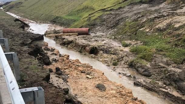 Сползание грунта на подходах к Крымскому мосту