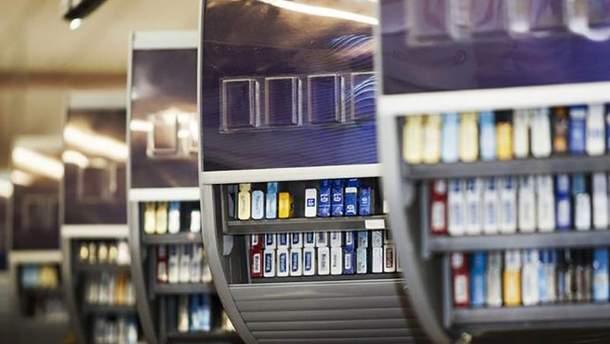 """Поліція розслідує ймовірну підробку акцизних марок на тютюновій фабриці """"Народного фронту"""""""