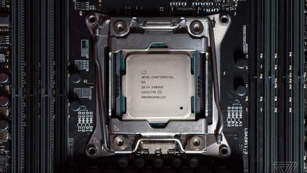 """Intel """"похоронила"""" популярную линейку процессоров Itanium"""