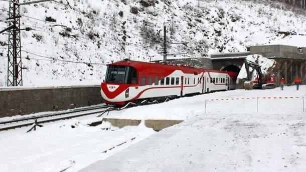 """Железнодорожными перевозками в Украине сегодня занимается одна компания – """"Укрзализныця"""""""