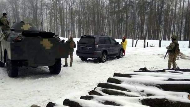 На Донбассе задержали трех подозрительных лиц: фото