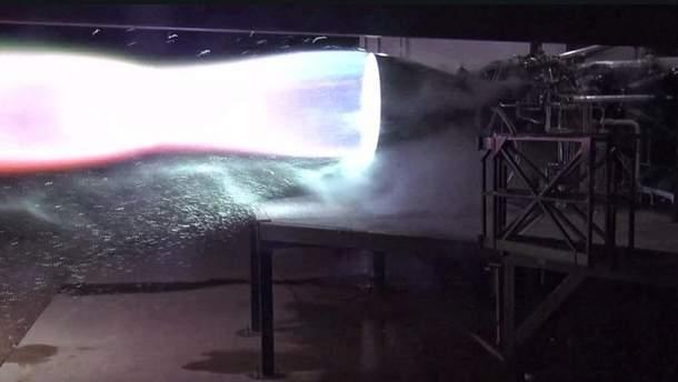 Илон Маск продемонстрировал  мотор  ракеты Starship вдействии
