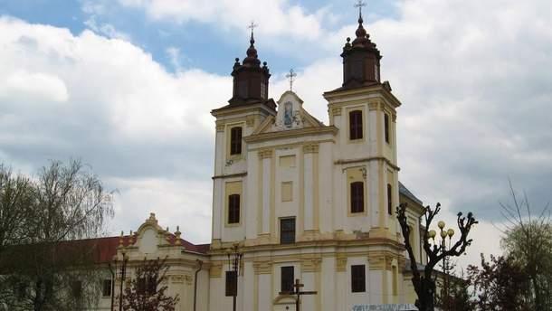 На Франковщине община перешла в ПЦУ без священника