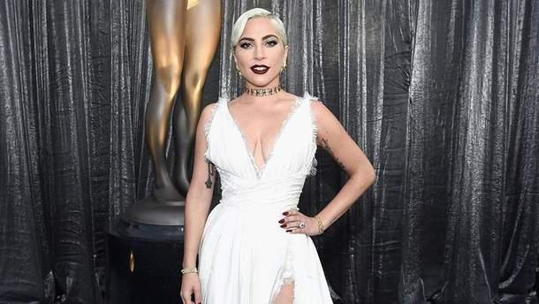 Як співачка Леді Гага виглядала у школі