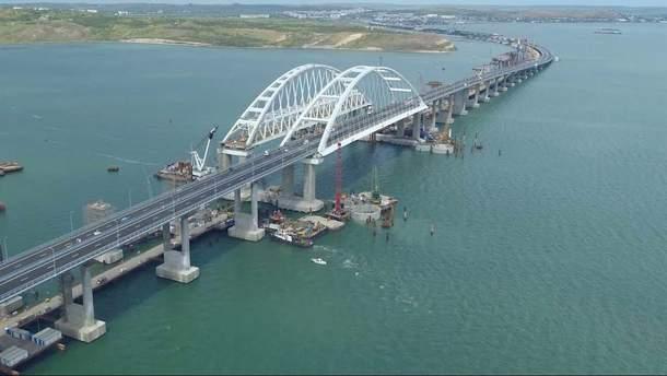 Під час будівництва Кримського мосту були порушені всі норми судноплавства