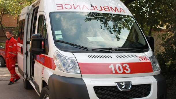 На Прикарпатті п'яний водій швидкої привіз на виклик нетверезих лікарів