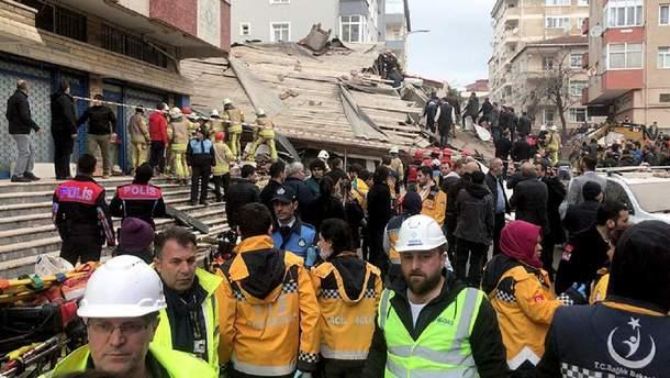 У Стамбулі завалився будинок