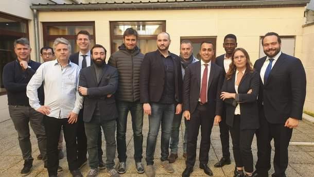 Віце-прем'єр міністр Італії  Луїджі Ді Майо зустрівся з французькими протестувальниками