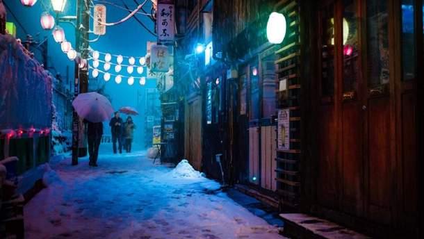 Токио засыпает снегом