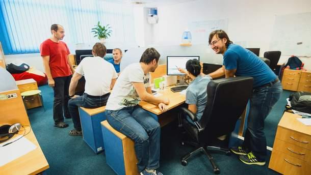 Рейтинг найбільших IT-компаній в Україні очолила EPAM