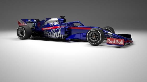Болид STR14 от Toro Rosso