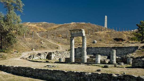 Так выглядели колонны Пантикапея ранее