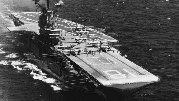Авианосец USS Hornet