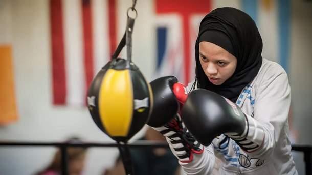 Боксеркам дозволили битися у спортивних хіджабах