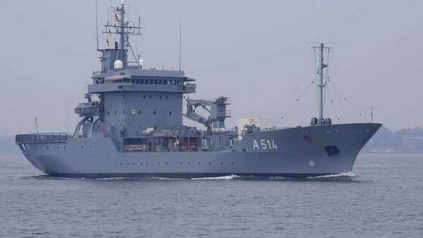 К Черному морю приближается военный корабль НАТО