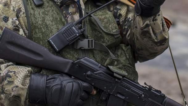 """П'яні російські військові """"знищили"""" згорілий танк"""