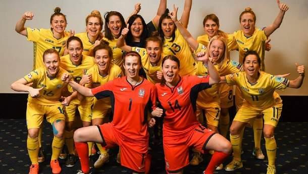 Женская сборная Украины по футзалу провела яркую фотосессию перед Финалом четырех: фото
