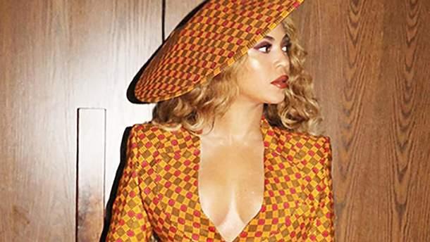 Бейонсе примерила секспильний костюм