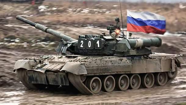 Пророссийские боевики пригнали 33 танка на оккупированный Донбасс