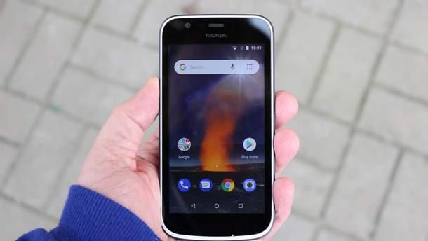 Смартфон Nokia 1 проверили на прочность
