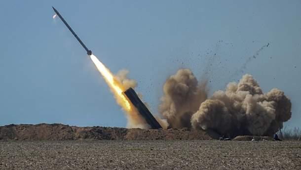 """Україна продемонструвала систему залпового вогню """"Вільха"""" в ОАЕ"""