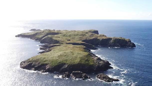 Біля берегів Ірландії можна придбати безлюдний острів