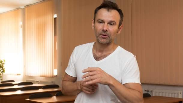 Вакарчук розповів про свої відносини з Пінчуком