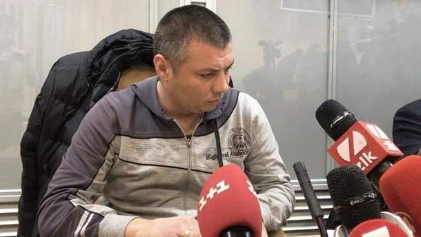 Підозрюваний у побитті активіста поліцейський Василь Мельников